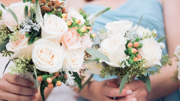 Natural wedding flowers, bridal bouquet and bridesmaid bouquet in Los Angeles, California